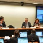 CNC apresenta propostas para licitações da administração pública